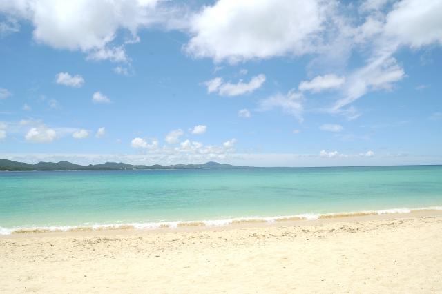 沖縄宜野座のビーチイメージ